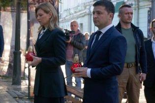 В скромном наряде и на шпильках: сдержанный образ Елены Зеленской