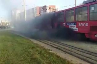 Во Львове в утренний час пик загорелся трамвай