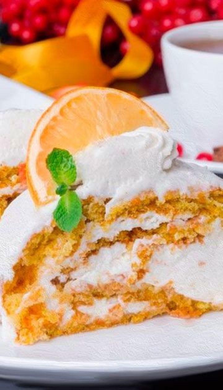 Апельсиново-морковный рулет с сырной начинкой