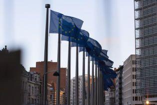 """У ЄС неофіційно схвалили санкції РНБО проти """"каналів Медведчука"""" — посол України"""