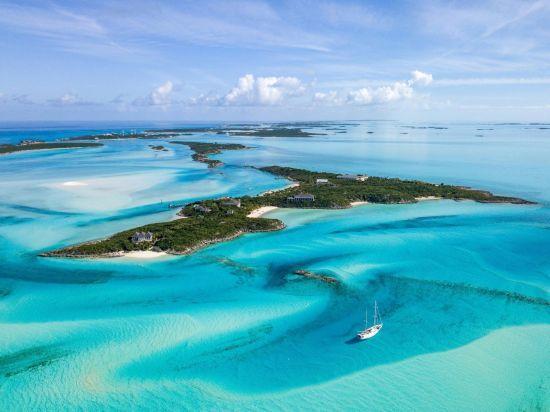 """На Багамах продається острів, де проходили знімання фільмів """"Казино Рояль"""" і """"Пірати Карибського моря"""""""