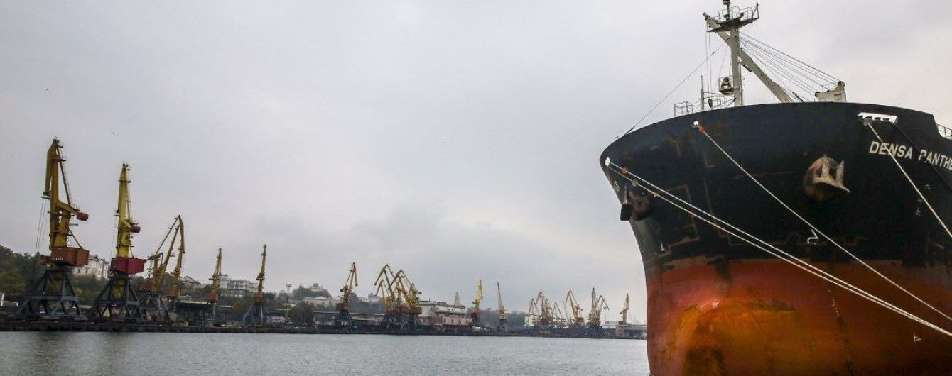 В порт Одеси зайшов корабель, який побував у Китаї в розпал епідемії коронавірусу