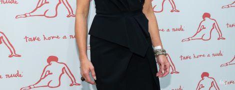 У сукні з оголеними плечима: 54-річна Брук Шилдс з'явилася у вечірньому образі на галаконцерті
