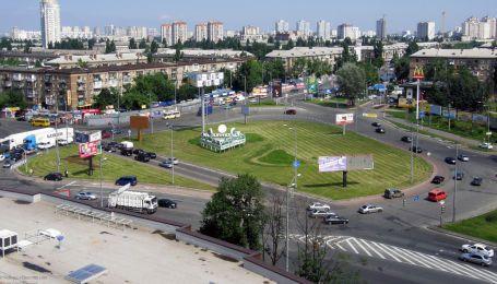 У Києві на дві ночі перекриють Дарницьку площу. Куди їхати не можна