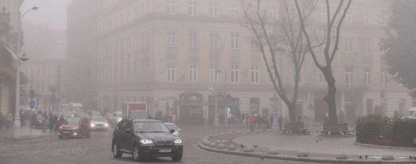Западные и северные области окутал туман: видимость 200-500 метров