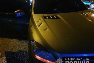 У Дніпрі кілер розстріляв позашляховик Mercedes із 27-річним водієм