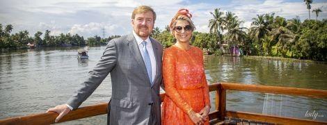 В ярком кружевном платье и с крупными серьгами: королева Максима отправилась в круиз
