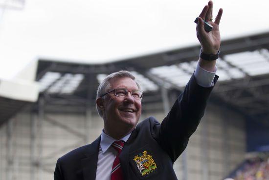 """Отримав годинник за """"договірняк"""". Легендарного тренера """"Манчестер Юнайтед"""" Фергюсона звинуватили у здачі матчу"""