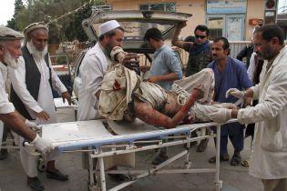 На востоке Афганистана прогремели взрывы в мечети: более 60 погибших