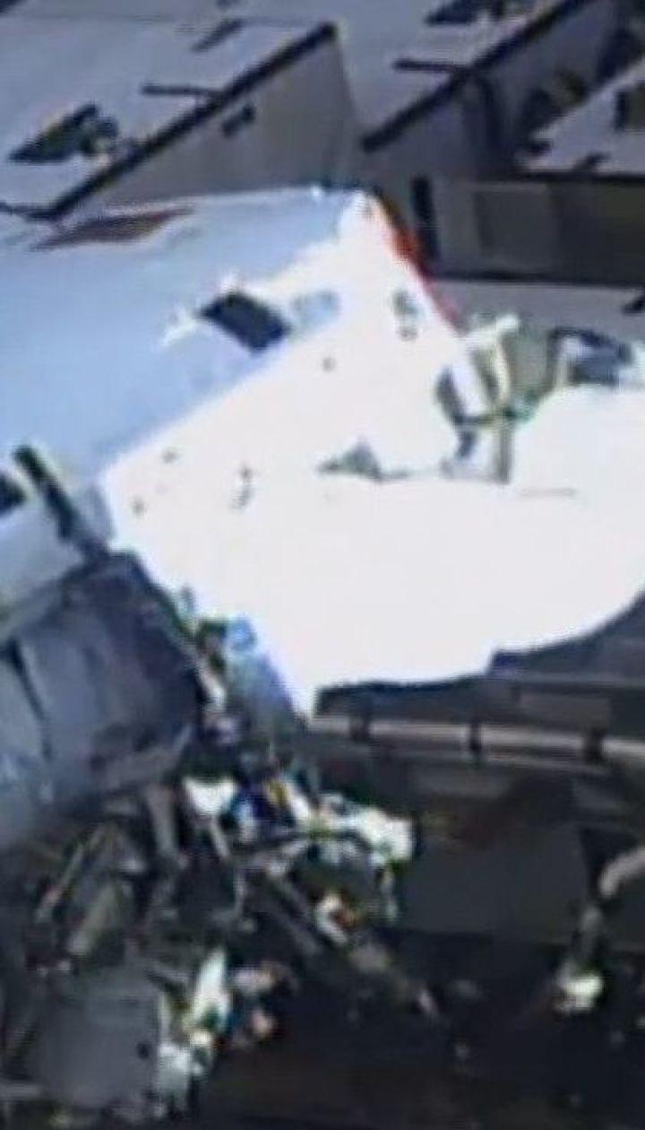 Впервые в истории в открытый космос вышли две женщины без сопровождения мужчин