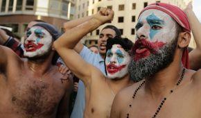 В Ливане не стихают массовые антиправительственные протесты
