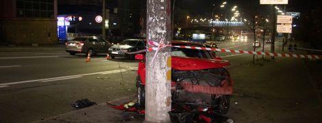 В Киеве столкнулись два такси с пассажирами: есть пострадавшие