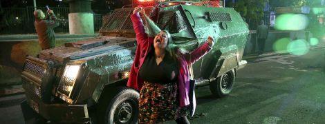 В столице Чили начались протесты из-за повышения стоимости метро. В городе - чрезвычайное положение