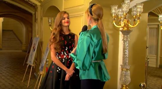 Молода дружина Дмитра Комарова розповіла, скільки часу вже не бачила чоловіка