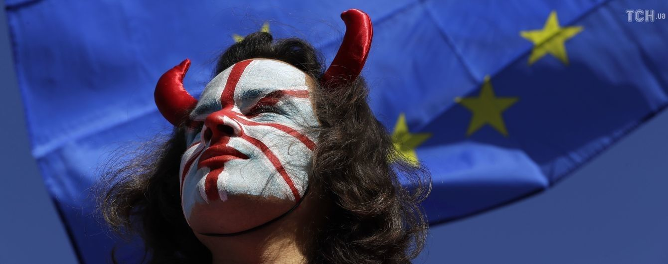 ЕС согласился продлить Brexit до января 2020 года