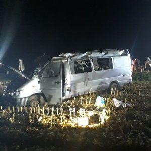 У Чехії мікроавтобус із українцями вилетів з дороги, постраждали 10 осіб