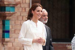 По следам королевского тура: выбираем самый красивый лук герцогини Кембриджской