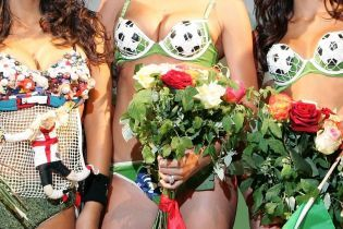 Эскорт для футболистов. Журналисты раскрыли, как оттягиваются звезды Премьер-лиги