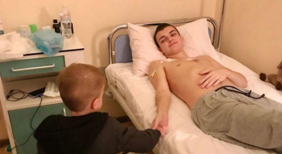 Помогите Даниилу одолеть рак, который забрал его отца