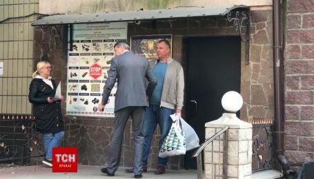 Гладковський вышел из СИЗО с электронным браслетом