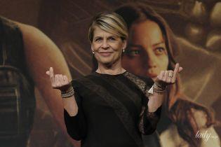 """Еще ого-го: 63-летняя Линда Хэмилтон пришла на премьеру """"Терминатора"""" в платье с кружевом"""