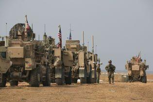 """Трамп заявил, что """"небольшое количество"""" военных США таки останется в Сирии"""