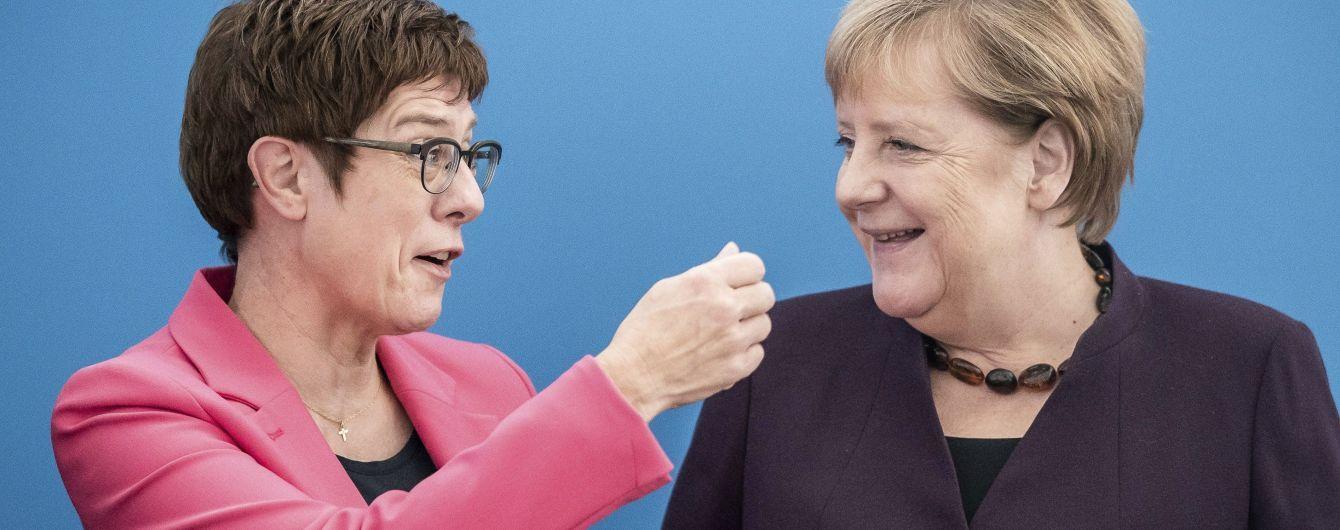 Политическое землетрясение в Германии. Преемница Меркель отказалась баллотироваться на пост канцлера