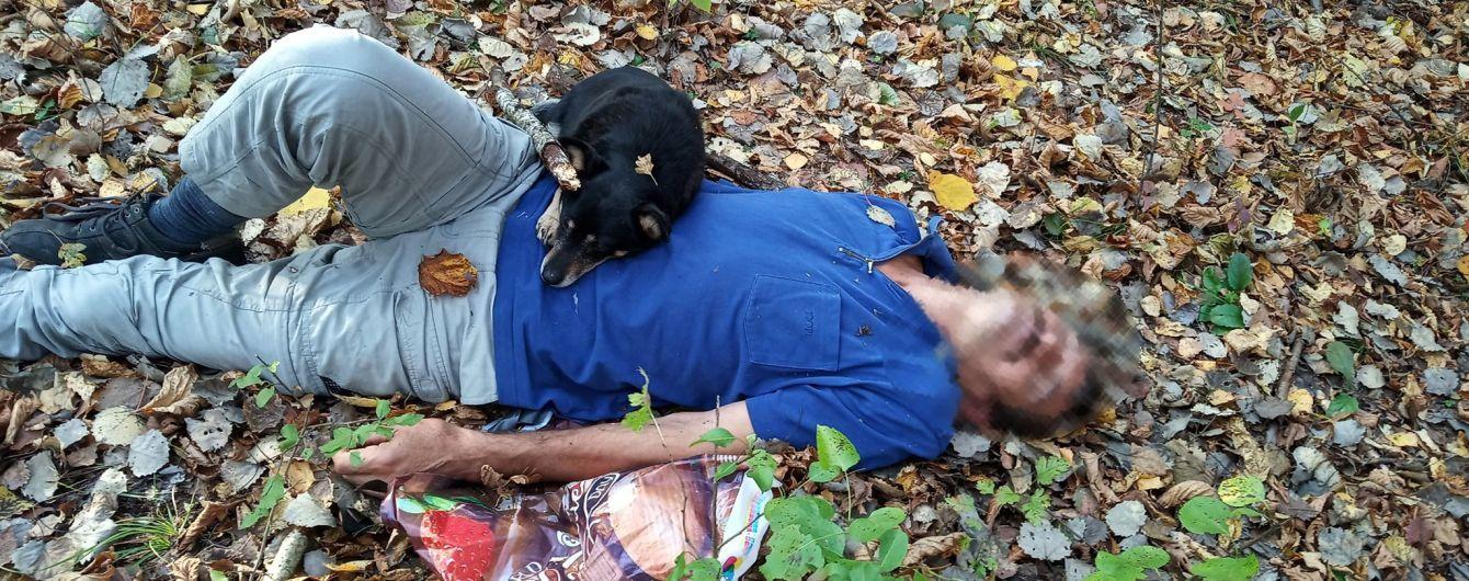 На Закарпатті завдяки гучному гавкіту собака допоміг врятувати життя своєму господареві