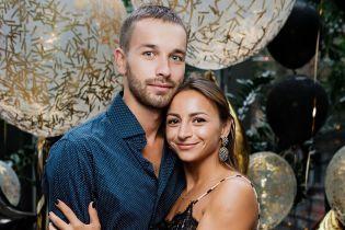 """Участница """"Танців з зірками"""" Илона Гвоздева растрогала фото с мужем и дочкой"""