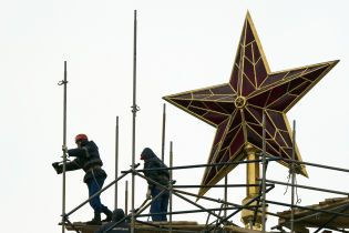 """В Кремле прокомментировали, при каких условиях могут встретиться Зеленский и Путин до нового """"нормандского"""" саммита"""