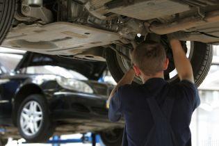 Рынок труда кардинально изменился. Автослесарь в Киеве может получать до 70 тысяч гривен