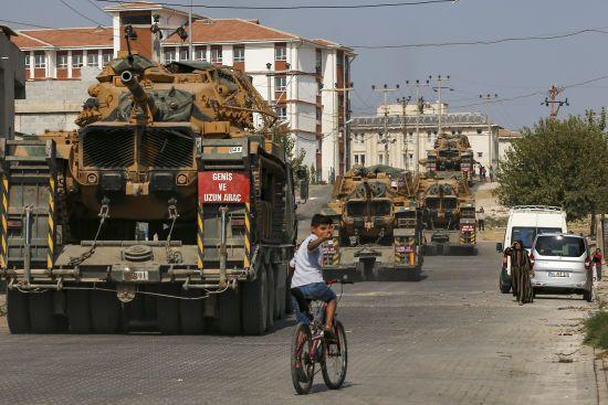 Туреччина подовжила військову операцію на півночі Сирії