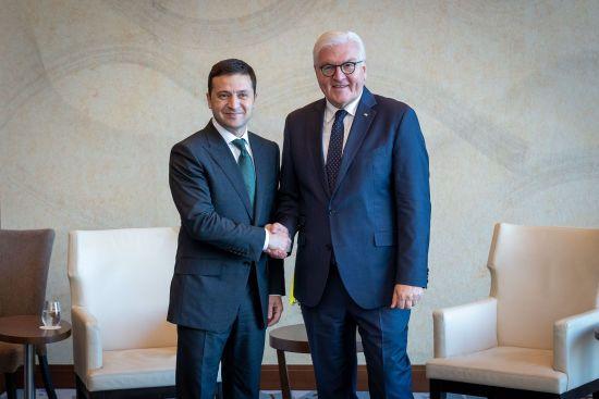 Зеленський на зустрічі із Штайнмаєром обговорив ситуацію на Донбасі