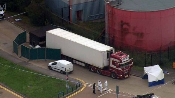 вантажівка з трупами в Англії