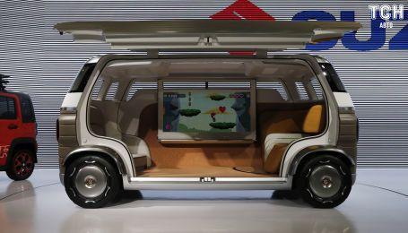 """Suzuki представила безпілотну """"кімнату на колесах"""""""