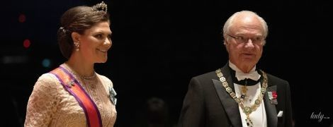 Еще краше, чем вчера: кронпринцесса Виктория на банкете в императорском дворце