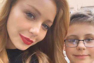 Счастливая мама: Тина Кароль показала, как отдохнула с сыном во Львове