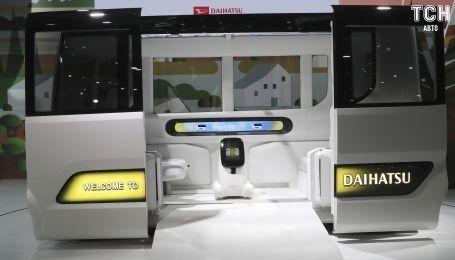 Daihatsu представила сразу три электрокара и беспилотник