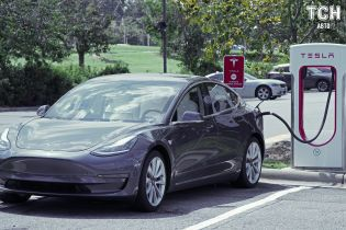 Tesla установила в Казахстане первую зарядную станцию
