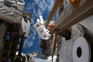 Ремонт в космосе: астронавты завершили монтажные работы на МКС