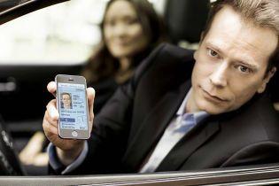 Гончаров разъяснил, кто и как сможет перенести водительские права и техпаспорт в смартфон