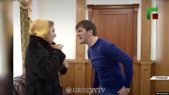 У Чечні показали відео, де племінник Кадирова б'є жінку електрошокером. Правоохоронці взялися за справу