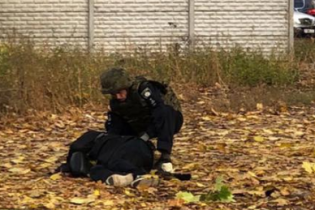 Один из стрелков возле супермаркета Харькова подорвал себя на вокзале