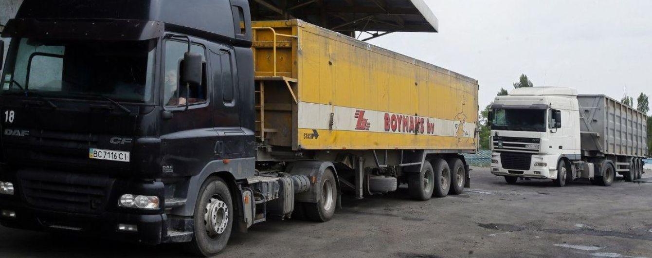 Украинские перевозчики получили новую квоту разрешений от Казахстана