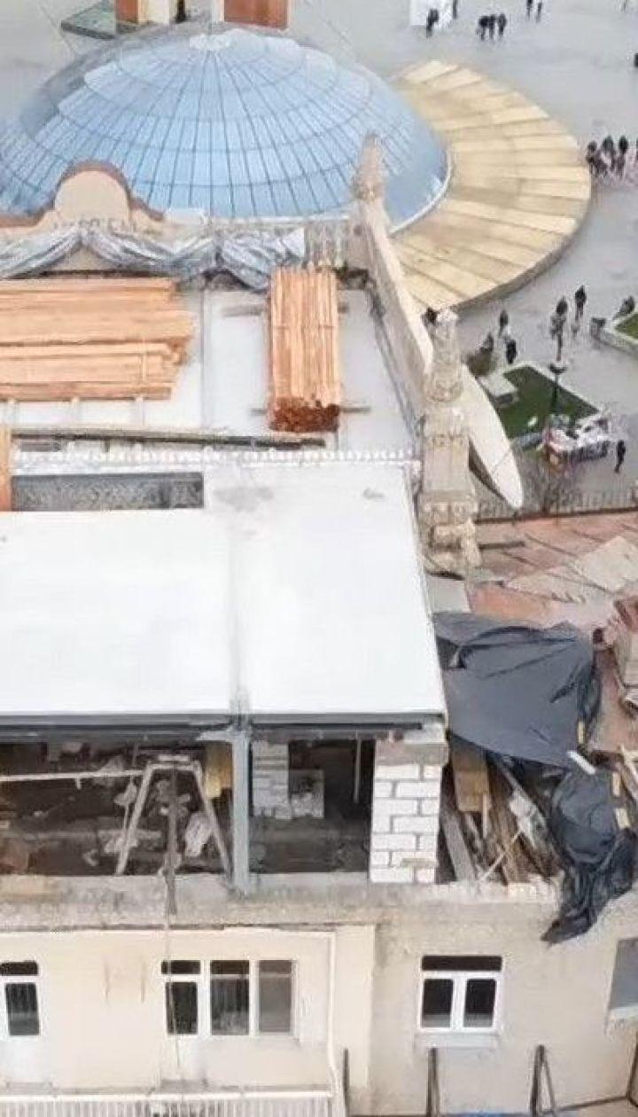 """""""Лего"""" на київських будинках: масштаби проблеми незаконних надбудов у столиці"""