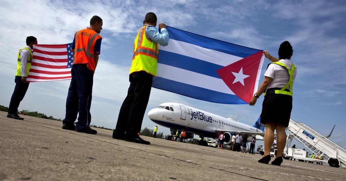 США припиняють авіасполучення з Кубою