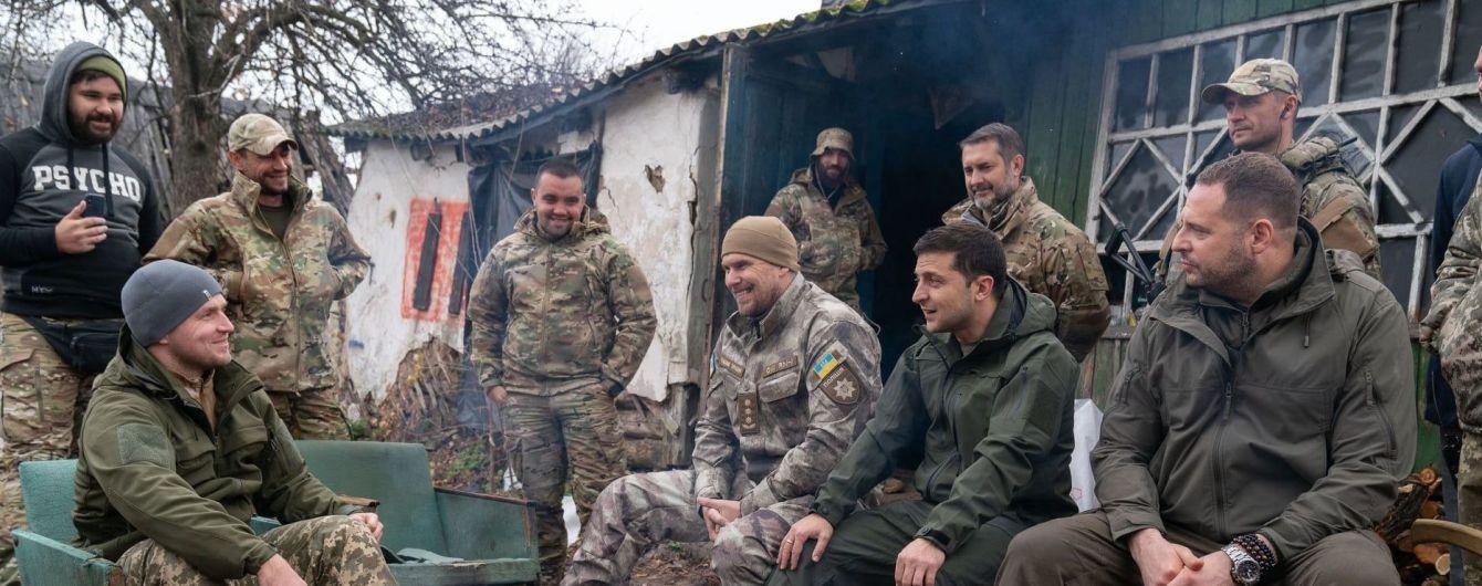 День добровольця: Зеленський привітав українських воїнів та закликав уряд створити Меморіал