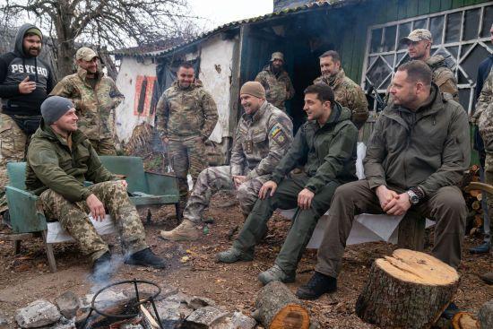 Ветерани-добровольці, з якими у Зеленського була словесна перепалка, вивезли зброю із Золотого