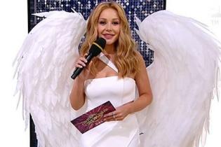 """В образе ангела: Тина Кароль в белоснежном платье и с крыльями на шоу """"Танці з зірками"""""""