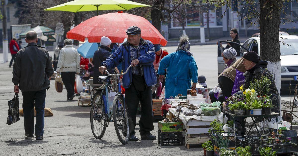 В Киеве против стихийного рынка вывели спецназовцев Нацгвардии